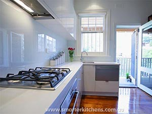 Bench to cabinet splashback. Smarter Kitchen Melbourne