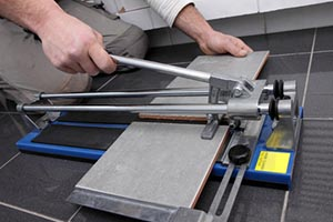 Tile cutter for splahbacks